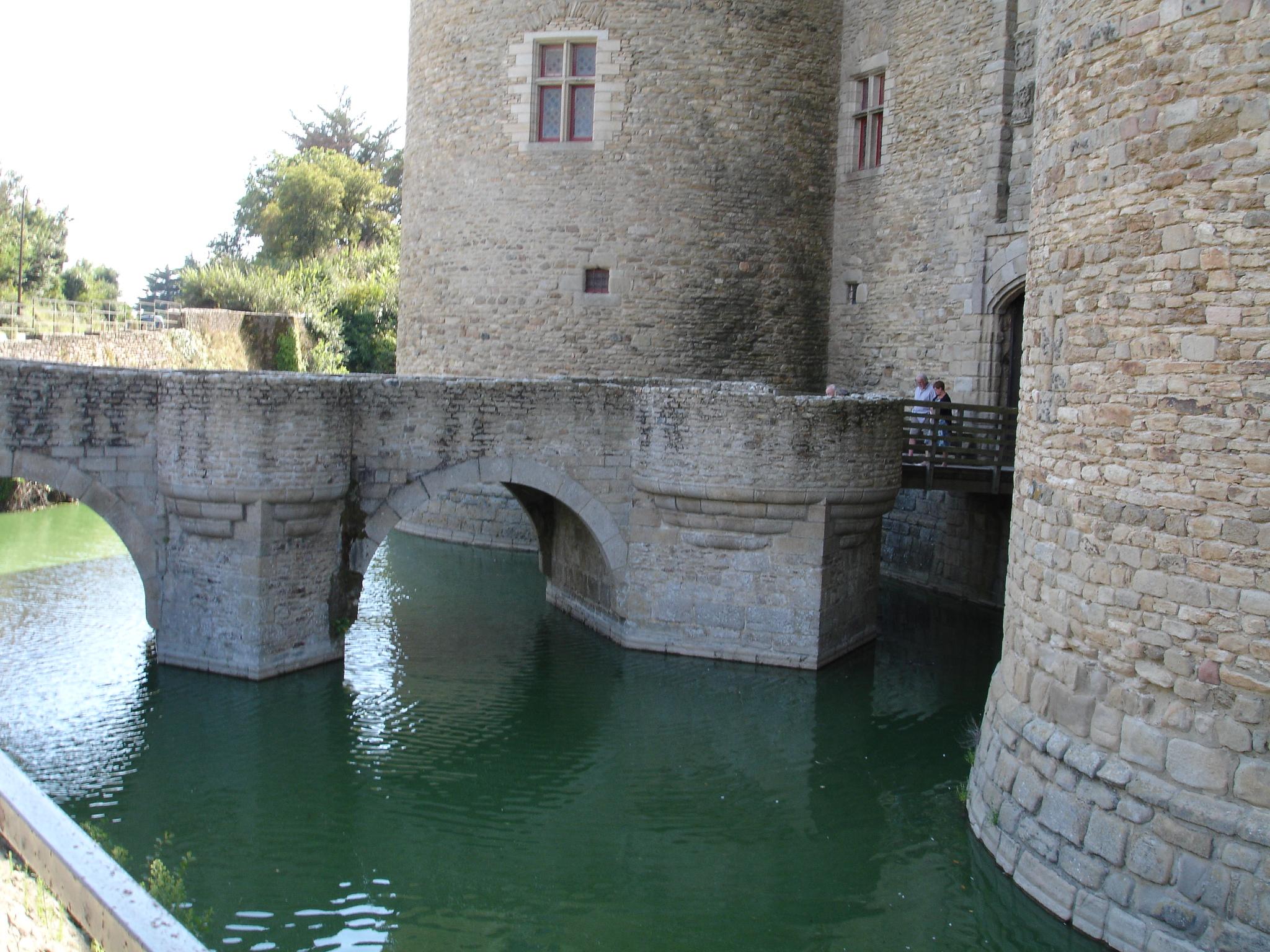 La composition d 39 un ch teau fort - Dessin d un chateau ...